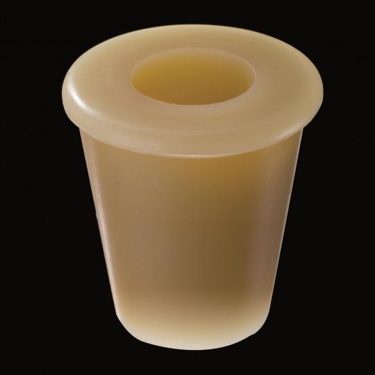 tapón de silicona para barricas modelo universal con hueco superior de color marrón